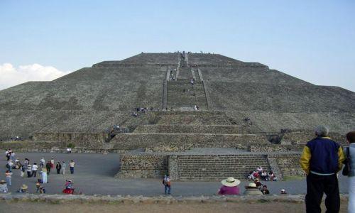 Zdjęcie MEKSYK / Meksyk / Teotichuacan / Piramida Slonca