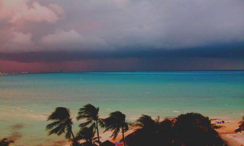 Zdjecie MEKSYK / Cancun / Cancun / Cancun przed burza