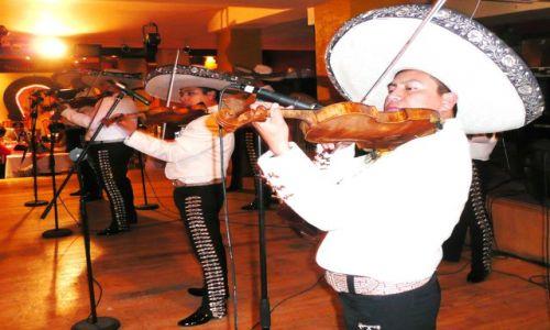 Zdjecie MEKSYK / Mexico City / Bran Melia / Mariachi w sombrereach