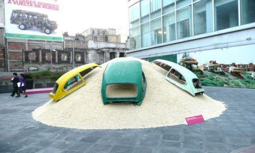 Zdjecie MEKSYK / Mexico City / Centrum / Pomnik garbusa