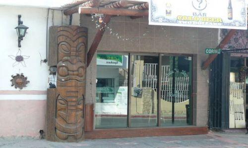 Zdjęcie MEKSYK / Meksyk / Cabo San Lucas / Bóg Tiki przy barze w San Lucas