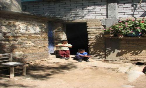 MEKSYK / - / Hierve El Agua / Dzieciaki