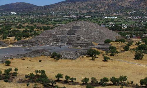 Zdjęcie MEKSYK / Ciudad de Mexico / Teotihuacan / piramida Księżyca