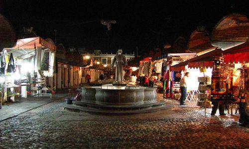 Zdjęcie MEKSYK / . / Puebla / Wieczorny targ