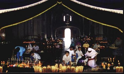 Zdjecie MEKSYK / Stan Chiapas / San Juan Chamula / Kościółek wnętrze