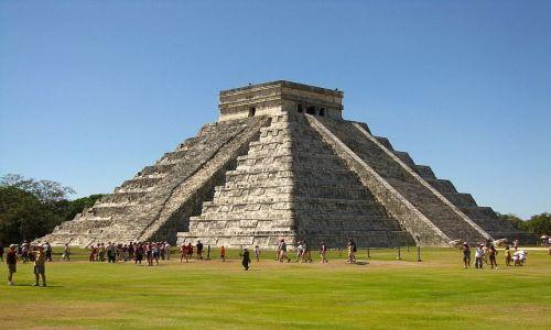 Zdjęcie MEKSYK / Jukatan / Chichen Itza / piramida Kukulkana