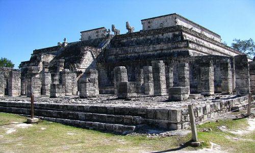 Zdjęcie MEKSYK / Jukatan / Chichen Itza / Świątynia  Tysiaca Wojowników