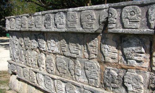 Zdjęcie MEKSYK / Jukatan / Chichen Itza / Ściana Caszek