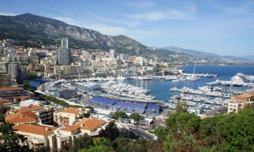 Zdjęcie MONAKO / Monako / Monte Carlo / Port w Monte Carlo