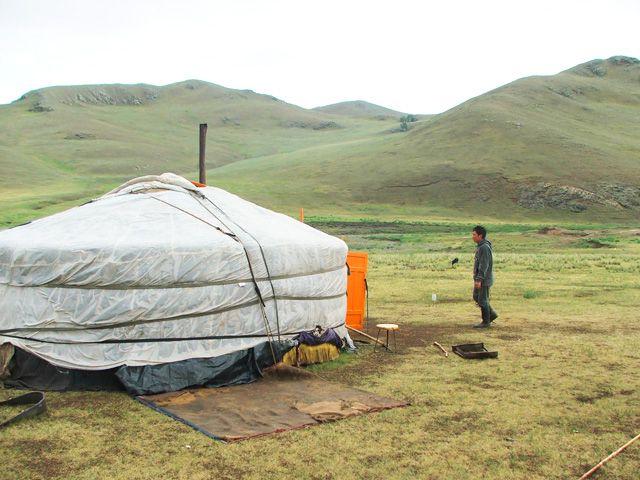 Zdjęcia: Okolice Ułan Bator, Mongolska jurta, MONGOLIA