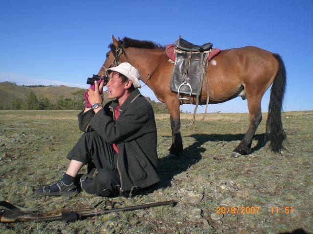 Zdj�cia: Zuungov, p�nocna Mongolia, polowanie na �wistaki, MONGOLIA