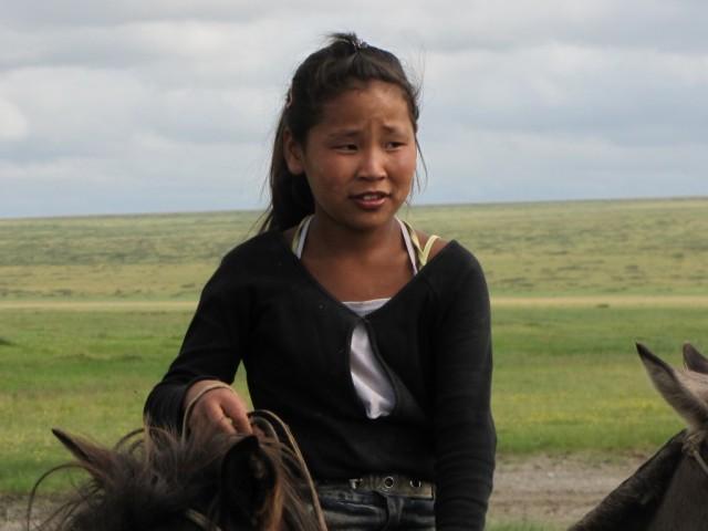 Zdjęcia: Kerulen, Ajmak Chentejski, Wszyscy potrafią jeździć konno, MONGOLIA