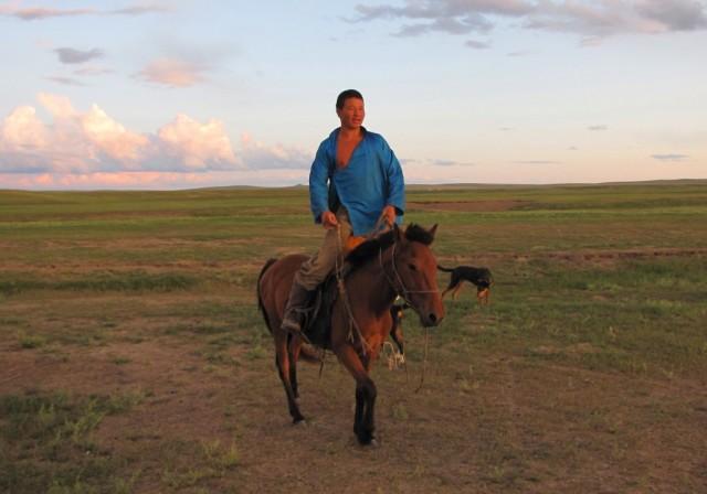 Zdjęcia: Kerulen, Ajmak Chentejski, Doskonali jeźdzcy, MONGOLIA
