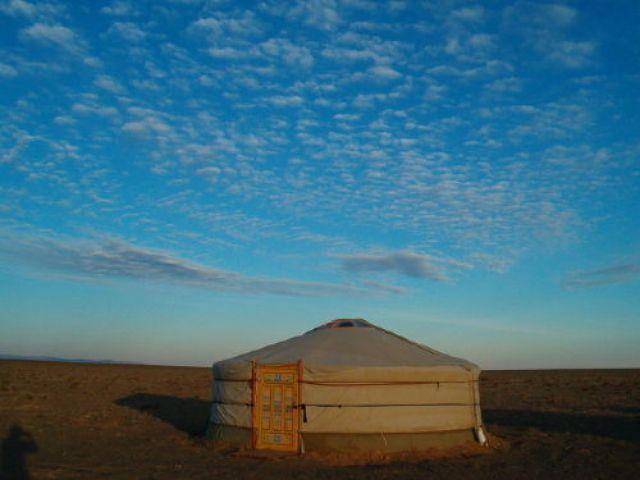 Zdj�cia: pustynia Gobi, Niebo nad pustyni�, MONGOLIA