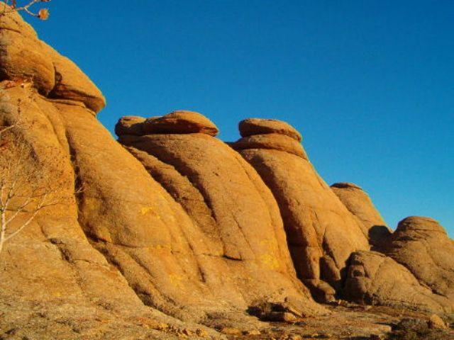 Zdj�cia: pustynia Gobi, Baga Uzrin Chuulu, MONGOLIA