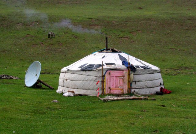 Zdjęcia: piekne, CHUWSGUL, jurta, MONGOLIA