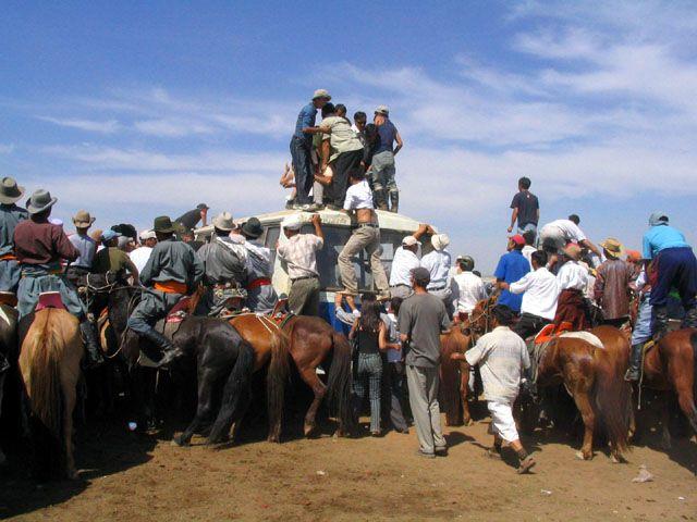 Zdjęcia: stepy - 30km od stolicy, Ulan Bator, obserwatorzy, MONGOLIA