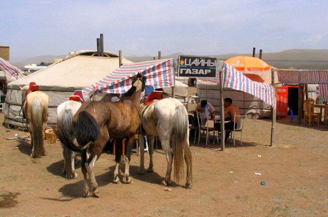 Zdjęcia: stepy - 30km od stolicy, Ulan Bator, Restauracja, MONGOLIA