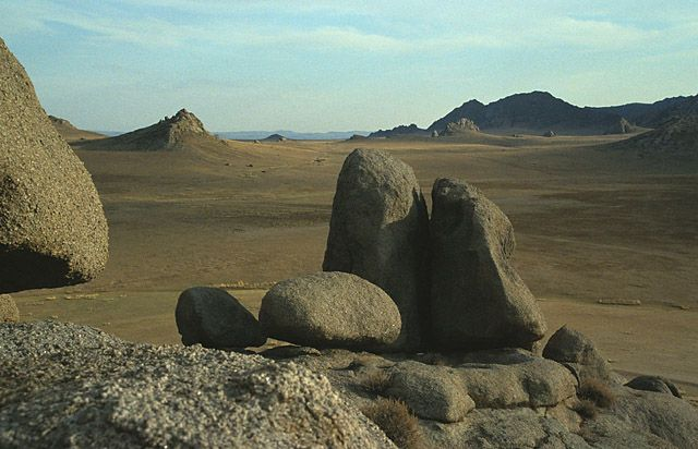 Zdjęcia: gdzies w Mongolii, gory Mongolii, MONGOLIA