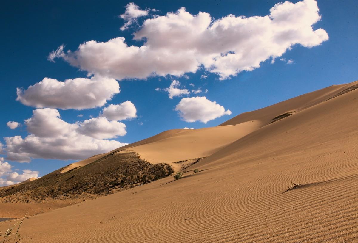Zdjęcia: Pustynia Gobi, Dalanzadgad, Chmurki, MONGOLIA