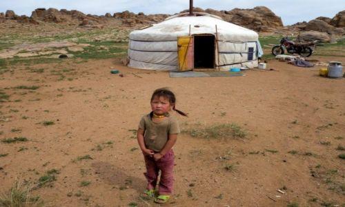 Zdjecie MONGOLIA / - / Bezkresne stepy Mongolii / Życie na stepie