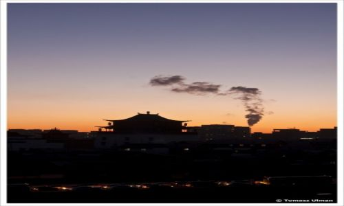 Zdjęcie MONGOLIA / Ulan Bator / Ulan Bator / wschód słońca w UB
