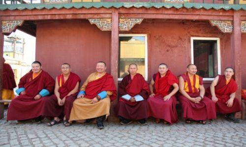 Zdjęcie MONGOLIA / Ułan Bator / Klasztor Gandan / W świecie lamów