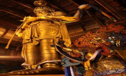 Zdjęcie MONGOLIA / Ułan Bator / Klasztor Gandan / Posąg Buddy