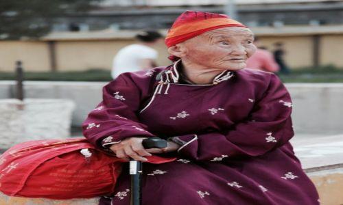 Zdjęcie MONGOLIA / Ułan Bator / Klasztor Gandan / Na pielgrzymce