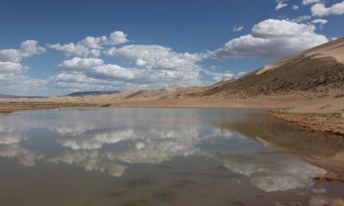 Zdjęcie MONGOLIA / Dalanzadgad / Gobi / Obłoki w kąpieli