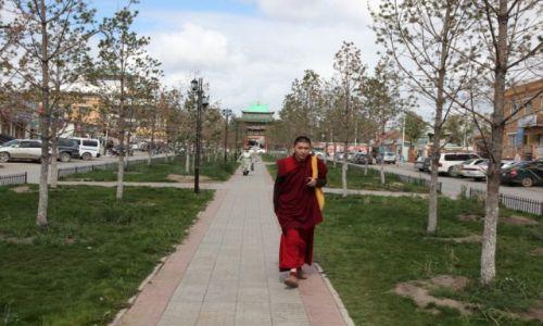 Zdjęcie MONGOLIA / Ułan Bator / Gandan / W drodze