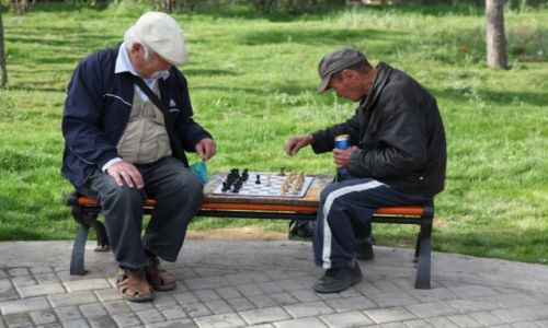 Zdjęcie MONGOLIA / Ułan Bator / Centrum / Nad szachownicą