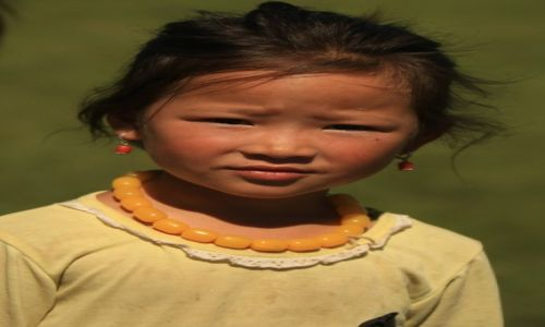 Zdjecie MONGOLIA / płn. Mongolia / płn.Mongolia / Mała kobietka...