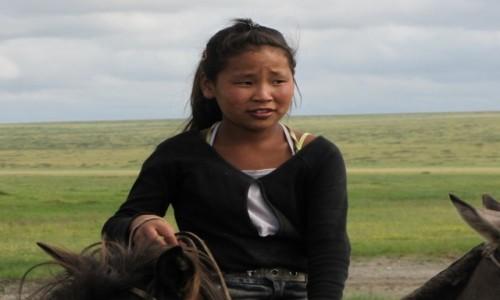 Zdjęcie MONGOLIA / Ajmak Chentejski / Kerulen / Wszyscy potrafią jeździć konno