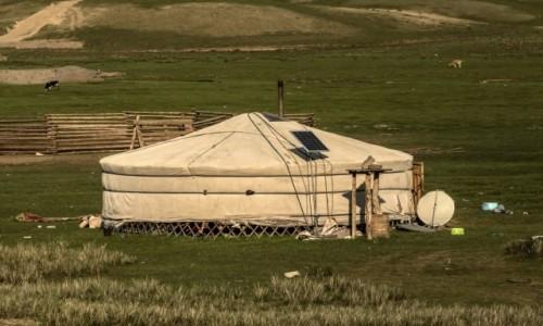 Zdjecie MONGOLIA / płn. Mongolia / płn.Mongolia / W duchu postępu...
