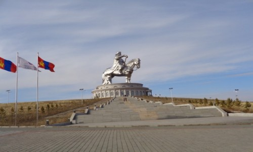 Zdjecie MONGOLIA / Miasto wydzielone U�an bator / Okolice U�an Bator / Czyngis Chan