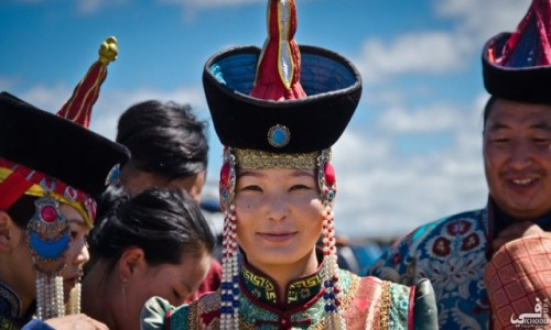 Zdjecie MONGOLIA / Ajmak południowochangajski / Karakorum / Mongolska piękność