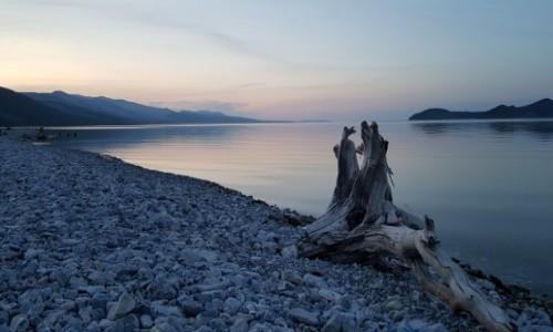MONGOLIA / Północ  / Jezioro Chubsgul  / Wieczorem