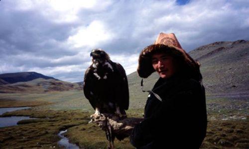 Zdjęcie MONGOLIA / Zachodnia Mongolia / Mongolia / Kazach i jego orzeł