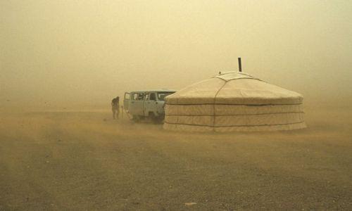 MONGOLIA / brak / Gobi / burza piaskowa na Gobi