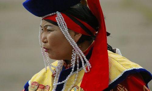 MONGOLIA / brak / Ułan Bator / W tradycyjnym stroju