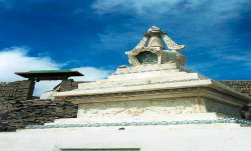 MONGOLIA / brak / Gdzieś w stepie / Stupa