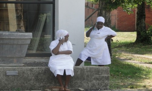Zdjecie MOZAMBIK / Poł. - wschodni Mozambik  / Gdzieś w drodze  / Ja mam  biały fartuch, a ty?