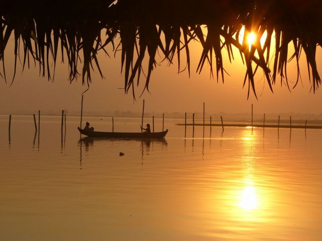 Zdjęcia: Jezioro, Amarapura, Łodzie o zachodzie IV, MYANMAR