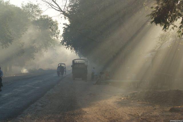 Zdjęcia: Po prostu wioska, Okolice Ran Gun, Początek dnia w birmańskiej wiosce, MYANMAR