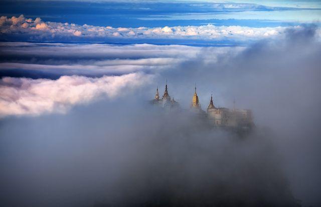 Zdjęcia: Mt Popa, Mandalay, powrocmy jak za dawnych lat w zaczarowany bajek swiat..., MYANMAR