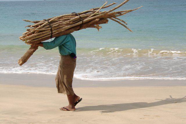 Zdj�cia: ngapali beach, przechodzien, MYANMAR