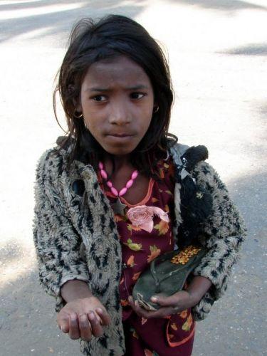 Zdjęcia: Sittway, Dama z klapkiem, MYANMAR