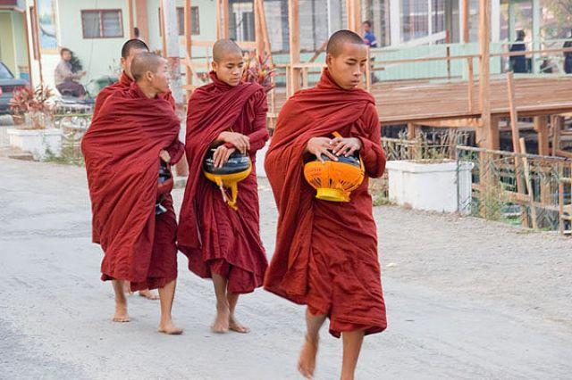 Zdjęcia: MANDALAY, ** * *, MYANMAR