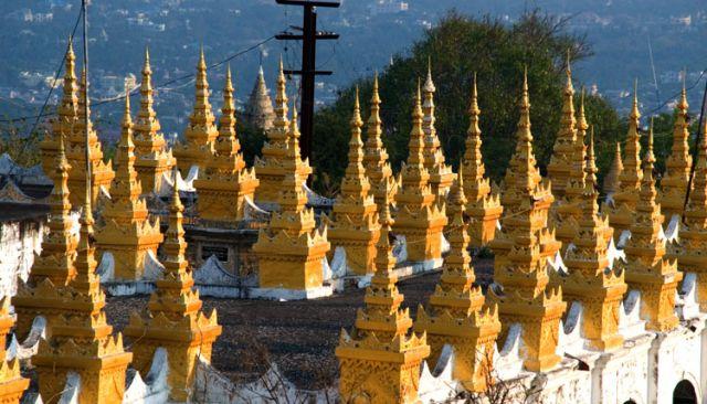 Zdjęcia: Pagoda KUTHODAW, Mandalay, MYANMAR